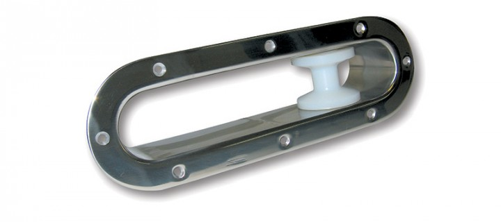 Bow roller for chain